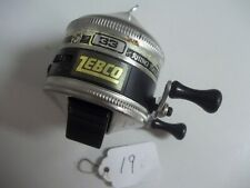 LOT# 19 VINTAGE ZEBCO 33 RHINO TOUGH REEL  NICE  MADE IN USA