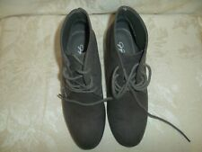 Jacklyn Smith size 5 suede gray tie high top womens shoes