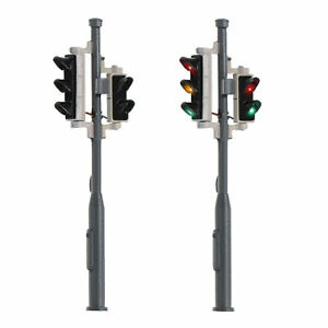 2 Stück Spur H0 Verkehrsampel mit Fußgängerampel und LEDs Fahrzeug 1:87