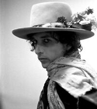 """Bob Dylan UNSIGNED 8"""" x 6"""" photograph - L5279 - In 1975 - NEW IMAGE!!!!"""