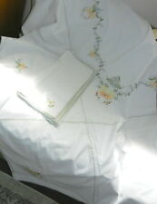 """Floral Embroidered Tablecloth White Cotton Yellow Flowers 72""""x90"""" 12 Napkins T64"""