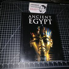 ENCYCLOPEDIA ANCIENT EGYPT LARGE PAPERBACK BARELY USED HELEN STRUDWICK BOOK