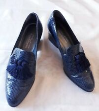 STUNNING NAVY SNAKESKIN RUSSELL AND BROMLEY SHOES SZ 6( US 8) IN VGC! TASSELS