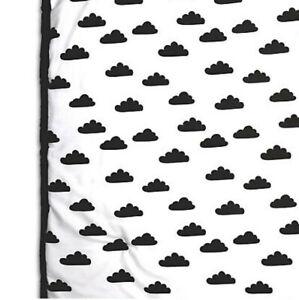 """Peanutshell Cloud Quilt Black/White 30""""x40"""""""