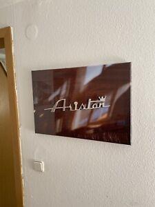 Riva Ariston Leinwand