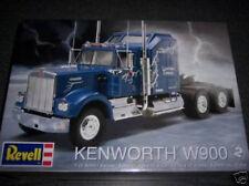Revell Kenworth W900 truck 1/25 model kit new 1507