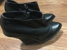 RUNWAY Stella McCartney Platform Gravity Wedge Black Ankle Boots 39 1/2 Italy