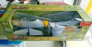 Ultimate Soldier F 86F 30 Sabre 1:18 Scale Fighter Plane Pilot Col. Mitchell