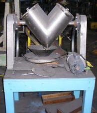Patterson Kelley 16 Quart Capacity V Blender Ceramic Lined. Item #8674