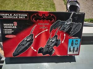 Vintage Used 1997 Batman & Robin Triple Action Set Batwing, Batboat, Batmobile
