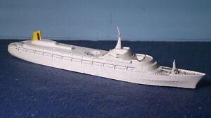 """TRIANG 1:1250 GB. Passagierschiff """" CANBERRA """" M 715"""