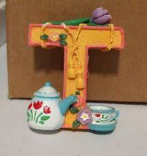 "1999 Me Ink - Mary Engelbreit Alphabet Letter Figurine Initial ""T"" Shelf Sitter"