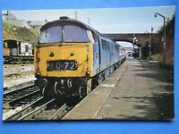 POSTCARD WESTERN CLASS DISEL LOCO NO D1072 'WESTERN GLORY' AT LISKEARD 1976