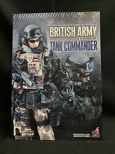 HOT TOYS - BRITISH ARMY BLUES AND ROYALS TANK COMMANDER 1:6 Action Figure