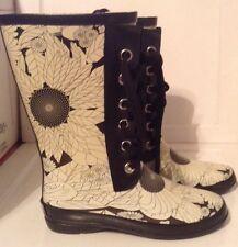 Sporto Black & White Audrey Twinkle Flower Print Lace Up Rain Boots 8 M