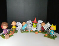 Peanuts It's The Great Pumpkin Charlie Brown Figurines 2002 Halloween