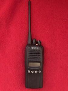 Kenwood TK-3180 K Portable Two Way Radio UHF 450- 512 MHz New Battery