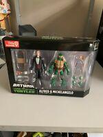 GameStop Batman VS Teenage Mutant Ninja Turtles Alfred & Michelangelo 2-Pack