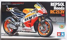 TAMIYA 1/12 Repsol Honda RC213V 2014 MotoGP Champion #14130 scale model kit