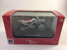 New Ray Die-Cast on Plastic Stand 1:32 Mini-Bike: Honda CR 125R 2003 Sealed