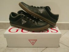 CHAUSSURES / SNEAKERS GUESS Taille.44 BASKET NOIRES ET GRISES