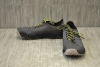 Brooks PureGrit 8 1103131D076 Running Shoes - Men's Size 9D, Gray