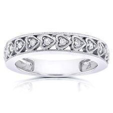 10K White Gold 1/10ct TDW Round Diamond Heart Band (H-I, I1-I2)
