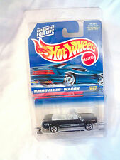 Hot Wheels 1998 Radio Flyer Wagon #827 / '65 Ford Mustang #455 Error Wrong Card