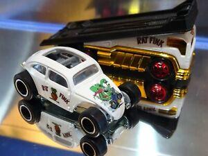 Hot Wheels REAL RIDERS CUSTOM RAT FINK VW BEETLE with BACK SLIDER TRANSPORTER.