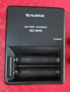 FUJIFILM BC-NHS Battery Charger for 2x AA Ni-MH Rechargeable Batteries Sony Fuji