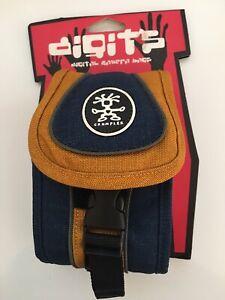 Crumpler Digit Sporty Guy 0.3 Digital Camera Bag in Blue/Orange NIP