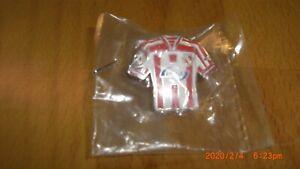 Pin von FC Energie Cottbus Fußball Trikot Envia rot-weiß siehe Bilder