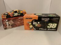 2004 Elliott Sadler Taurus M&Ms Halloween Action 1:24 Diecast 1/3048 AUTOGRAPHED