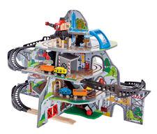 Hape Mighty Mountain Mine E3753 Spielzeug Set
