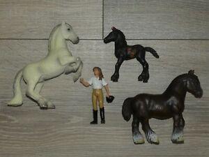 lot de 3 chevaux + écuyère marques papo, bully, schleich