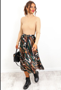 New Bnwt Ladies Womens pleated skirt Mixed print Brown green  8-14 John Zack