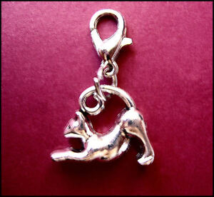 CAT STRETCHING  - Clip on Bracelet Charm
