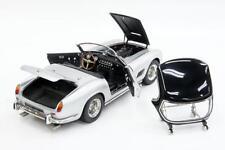 FERRARI 250 GT CALIFORNIA SWB 1960 silber silver - CMC 1:18 - M-093