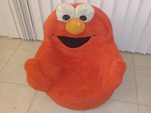 RARE VINTAGE 2007 sesame street Elmo Says Soft Foam Toddler Chair Talks SPINNING