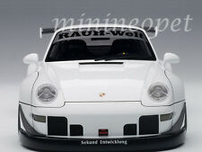 AUTOart 78150 PORSCHE RWB 993 1/18 WHITE with GUN GREY WHEELS