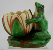 """WELLER COPPERTONE 4"""" BUD VASE W/A POND FROG HOLDING A WATERLILY BLOSSOM MINT"""