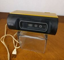 VTG Sankyo Digi-Glo Flip Clock Model No. 423 Yellow Desk Japan Retro Roll Deco