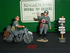 KING AND COUNTRY WSS46 GERMAN ASSAULT ENGINEER NCO DISPATCH RIDER + SIGN POST