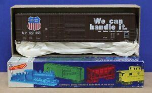 Roundhouse 1937 HO 50' Combo Door Box Car Kit UP Union Pacific #170401NIB