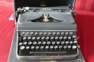 Kofferschreibmaschine / Reiseschreibmaschine Triumph um 1948