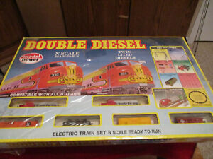 """Model Power """"N"""" Scale Santa Fe Double Diesel Electric Train Set New In Box"""