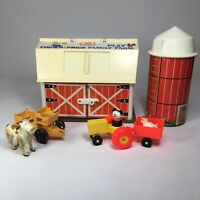 Vintage Fisher Price Little People Play Family Farm Barn #915 Silo Animal Toy