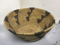 VTG ANTIQUE COILED GRASS WOVEN NATIVE AMERICAN INDIAN BASKET~ARROW HEAD PATTERN