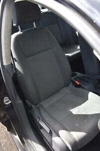 2007 VW JETTA DRIVERS SIDE RIGHT HAND FRONT SEAT CLOTH GREY