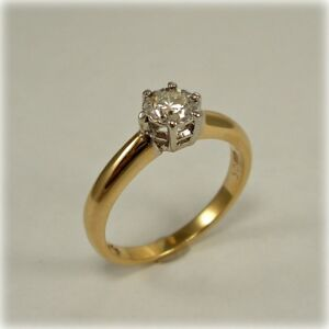 Single stone Diamond Ring in 9ct Gold, Millennium 2000 hallmark